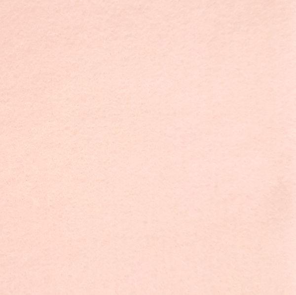 Wolvilt Blush 20x30