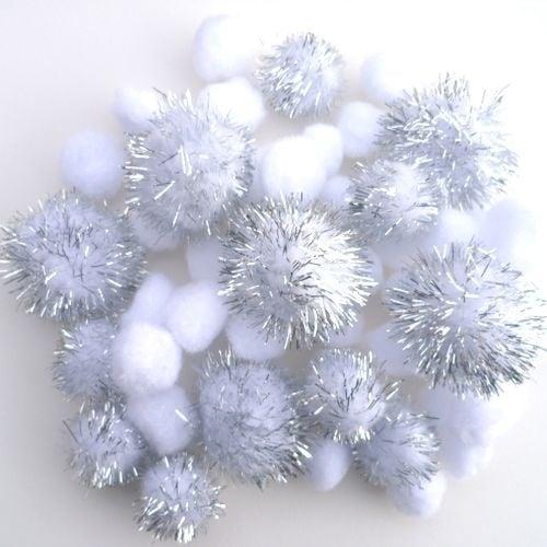Pompon mix wit/zilver 2-3,5cm