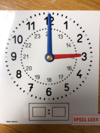 Leerling klokje 24 uur  aanduiding