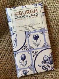 Romige fairtrade melkchocolade Delfts blauw 100 gr (34% cacao)