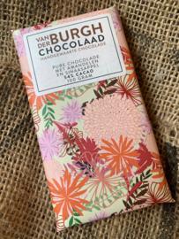 Pure chocolade met amandelen en stukjes sinaasappel 100 gr fairtrade (54% cacao)