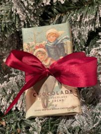 Fairtrade pure chocolade 54% cacao kerstduo (1 reep pure chocolade en 1 reep pure chocolade met hele hazelnoten)
