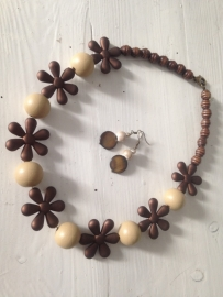 Brown flower set