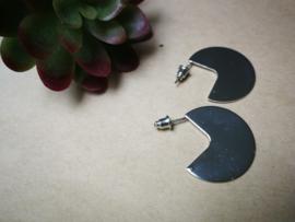 Zilverkleurige pac man oorbellen