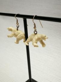 Witte ijsbeer oorbellen
