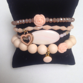 Arm candy sweet pink