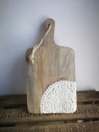 Decoratieve plank met geglazuurd stuk