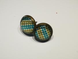 Blauw en groene blaadjes bubbel oorstekers