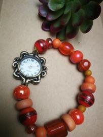 Oranje kralen horloge