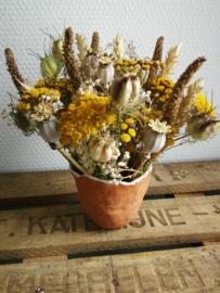 Zonnig droog bloemstuk