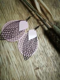 Zoet roze oorbellen