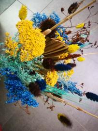 Droogbloemen in bonte kleuren