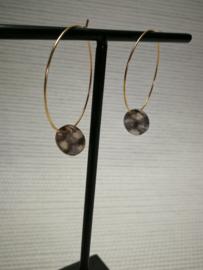 Subtiele goudkleurige hoops oorbellen