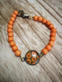 Orange dot armband