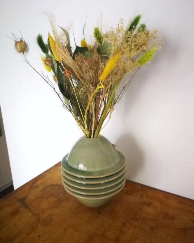 Zonnig geel groen droogboeket