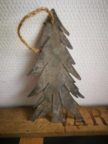 Metalen stoere dennenboom