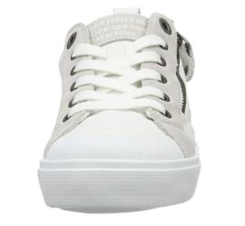 YC Strife White