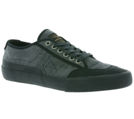 Titan Black canvas sneakers