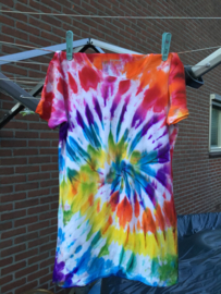 Tie-Dye Workshop Locatie Ducdalf woensdag 22 juli 11.30 tot 12.15 uur