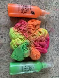 Tie-Dye je eigen kussensloop en pixel een sleutelhanger