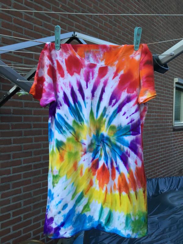 Tie-Dye Workshop Locatie Ducdalf woensdag 22 juli 9.30 tot 10.15 uur