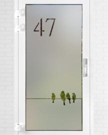 verticale statische raamfolie • Vogels op een draad met huisnummer