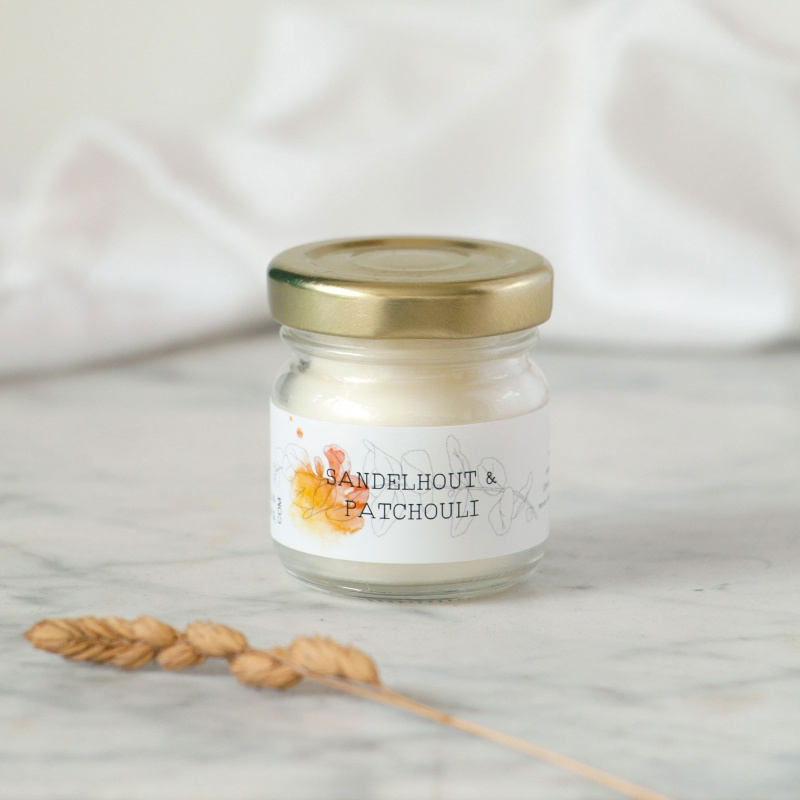 HOLD IT candle Sandelwood & Patchouli
