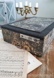 Vintage archiefbak