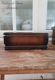 Oud houten sigarenkistje