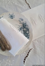 Antieke servetten, 2 st