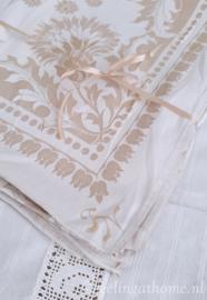 Geweven tafelkleed met zijde 150 x 110