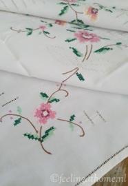 Tafelkleedje of dekservet 82 x 82
