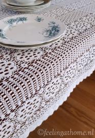 Kanten tafelkleed 200 x 120