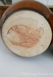 Klein mosterdpotje