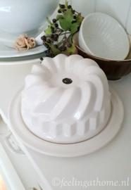Puddingvorm op bord