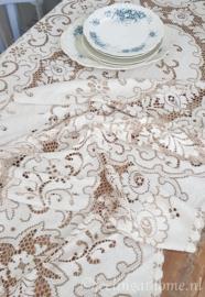 Kanten tafelkleed 230 x 150