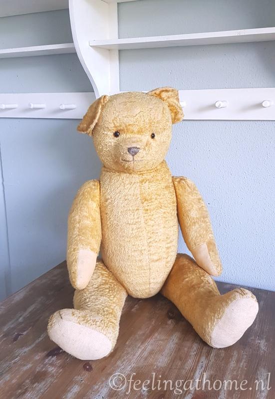 Grote antieke teddybeer