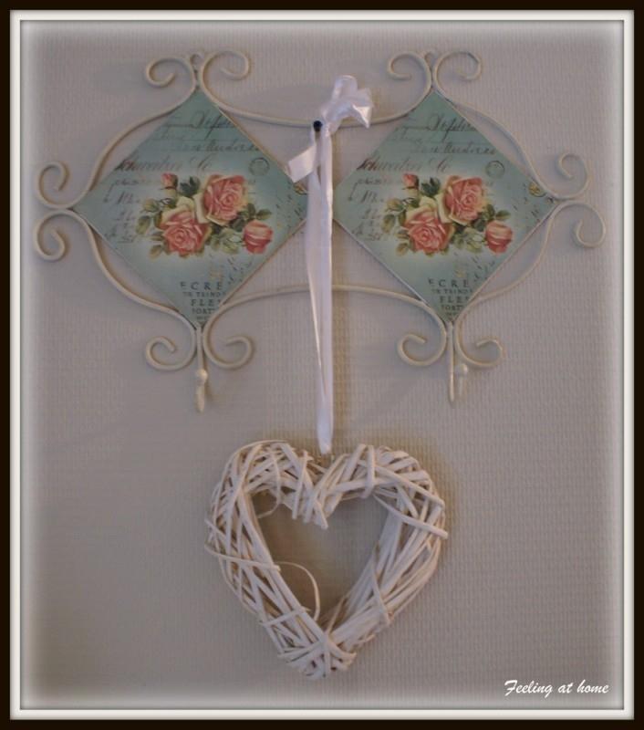 Romantisch kapstokje, twee haken