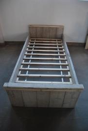 Steigerhouten bed 90x200cm