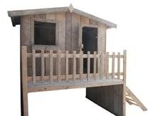 Speelhuisje van steigerhout