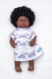 Afrikaanse pop met kroeshaar, meisje