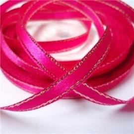 10.15 Roze lint met een gouden randje