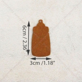 05. 5 kartonnen flesjes incl. touw