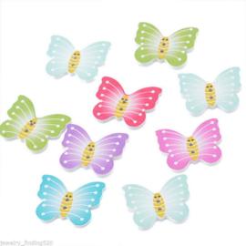 Gekleurde vlinder knopen