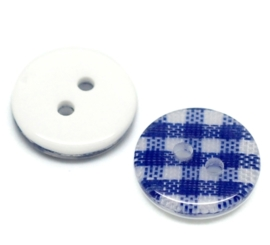 08.01 Blauw geruite knoopjes 1,3 cm.