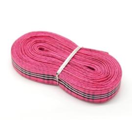 10.07 Roze met zwart geruit lint