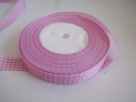 10.07 Roze geruit lint