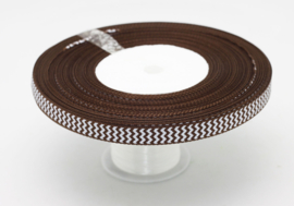 10.05 Bruin lint met wit gekartelde opdruk