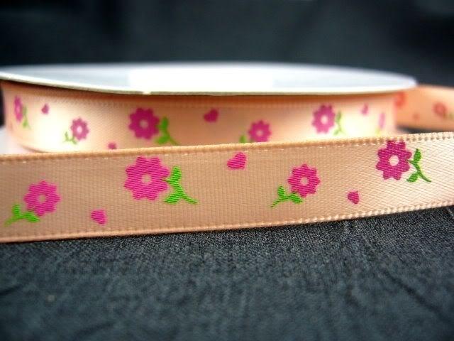 10.06 Zalm lint met roze bloemen