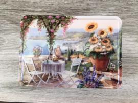 groot blikken doosje met Provençaals terras